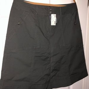 💃NWT A-LINE AVENUE WOMEN'S ARMY GREEN SKIRT S 14